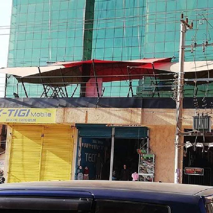 Restaurant Shades/Canopies