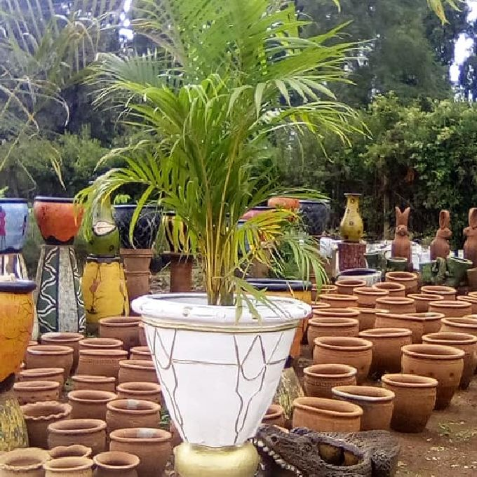 Experts who Install Landscaping Flower Pots