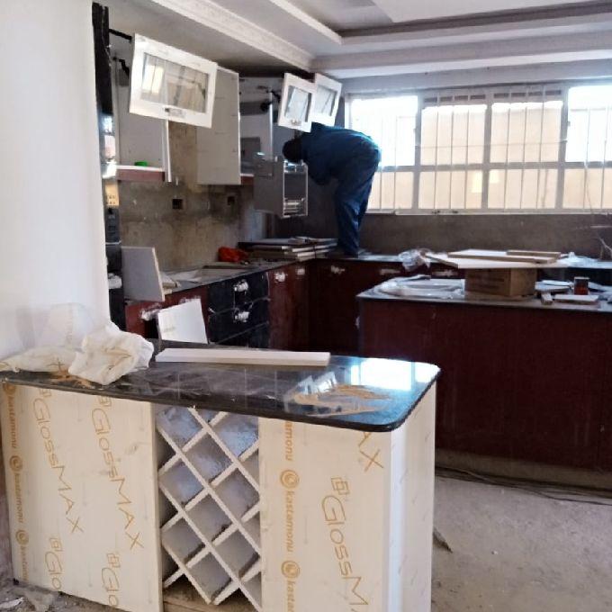 Modern High End Kitchen Installation