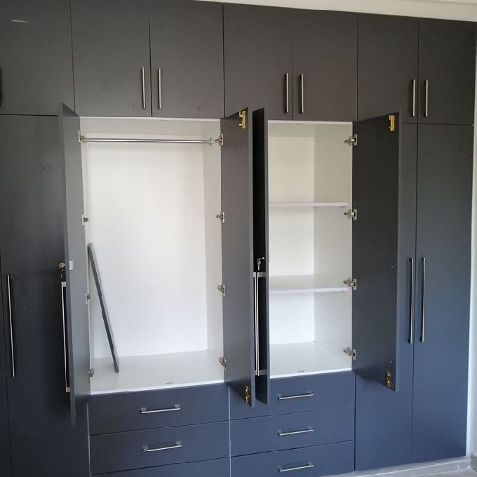 Custom Bedroom Wardrobe Cabinets for Sale