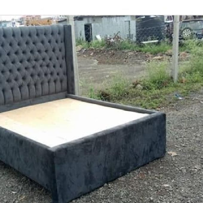 Modern Tufted Beds for Sale