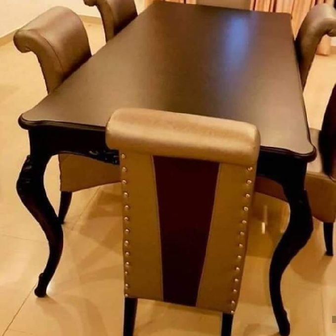 Classy Dining Tables for Sale