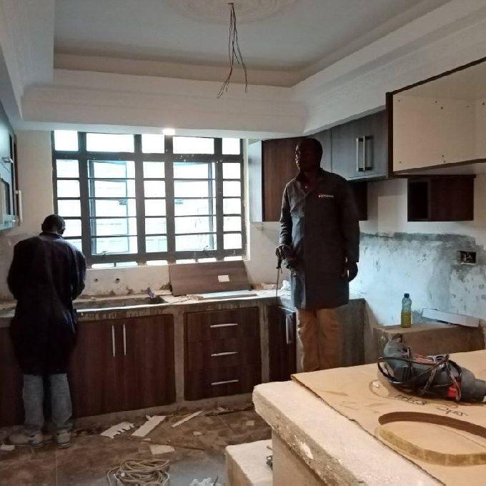 Modern Kitchen Cabinet Solution