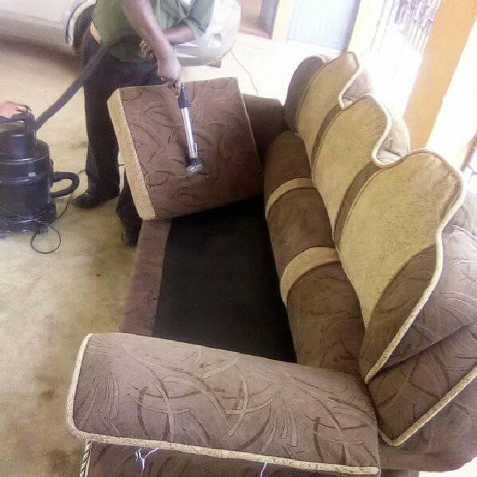 Home Vaccum Cleaning Services