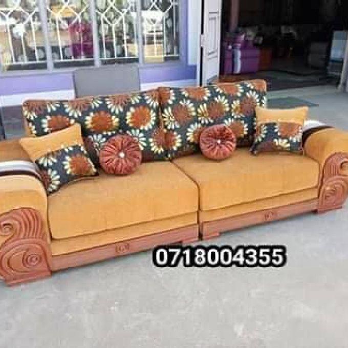 Accessorized Sofa Set