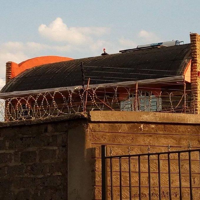Roof Gutter Fixing Help