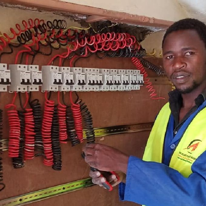 Domestic Electrical Installation Expert