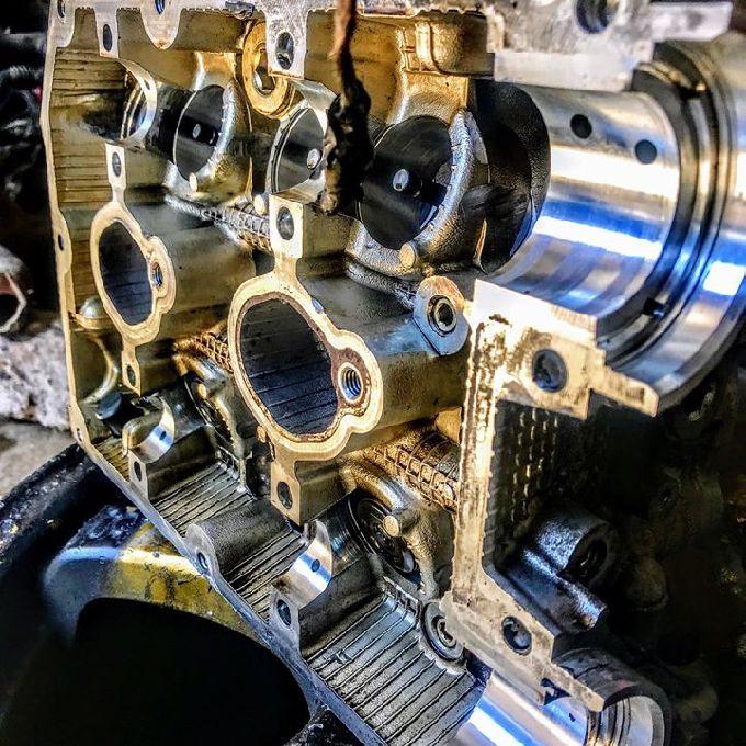 Engine Overhaul Expert