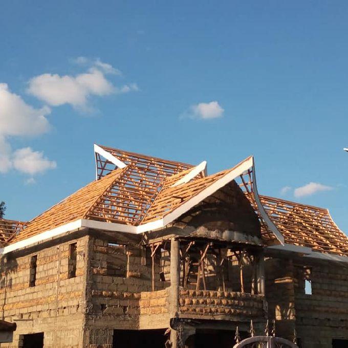 Complex Roof Installation in Kisumu