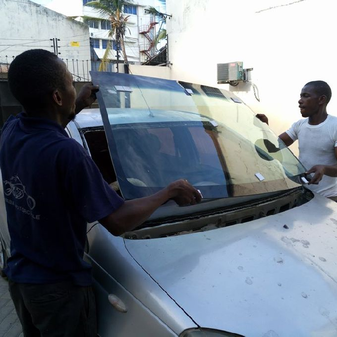 Affordable Windscreen Glass Repair Services