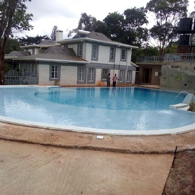 Simple Swimming Pool Designers
