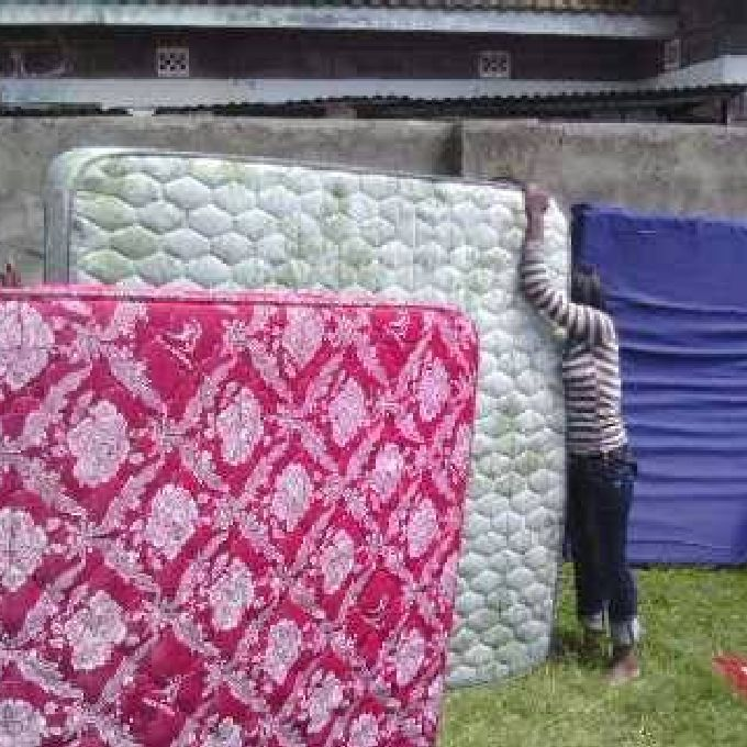 Pillow Cleaning Services at Cheaper Prices